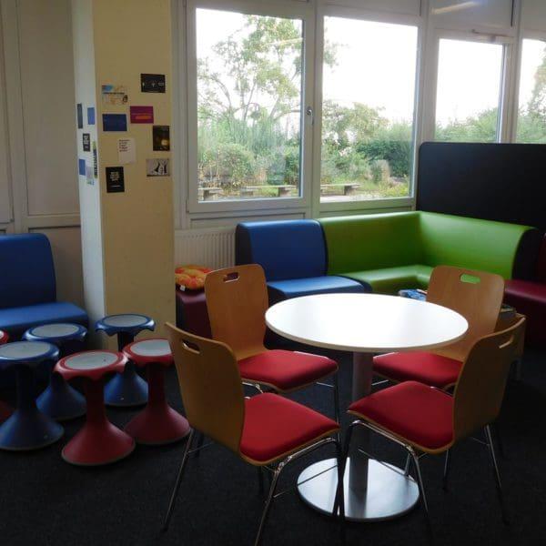 Sitzecke in der Bibliothek